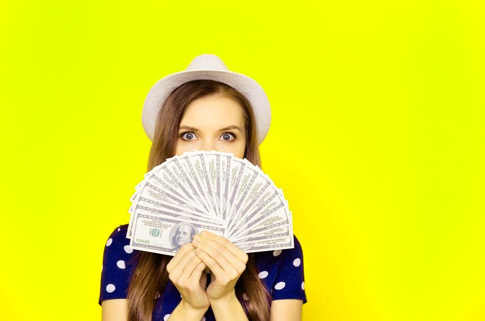 Почему потребительский кредит актуален в Интернете